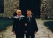 Mit dem Enkel vor der Todesangst-Christi-Kapelle in der KZ-Gedenkstätte Dachau (2000)