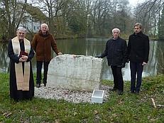Einweihung des Gedenksteins (Foto: Josef Glas)